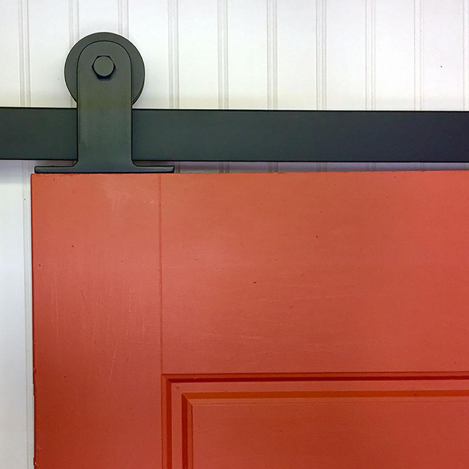 Low Profile Doors : Barn door hardware sliding rolling